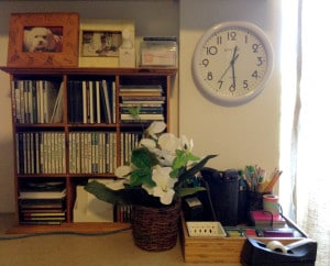 office space clutter free